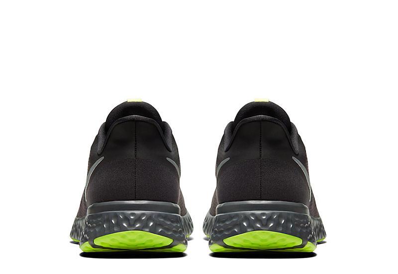 NIKE Mens Revolution 5 Running Shoe - BLACK