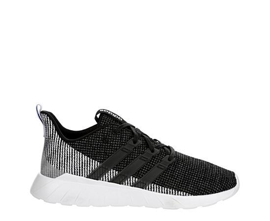Mens Questar Flow Sneaker