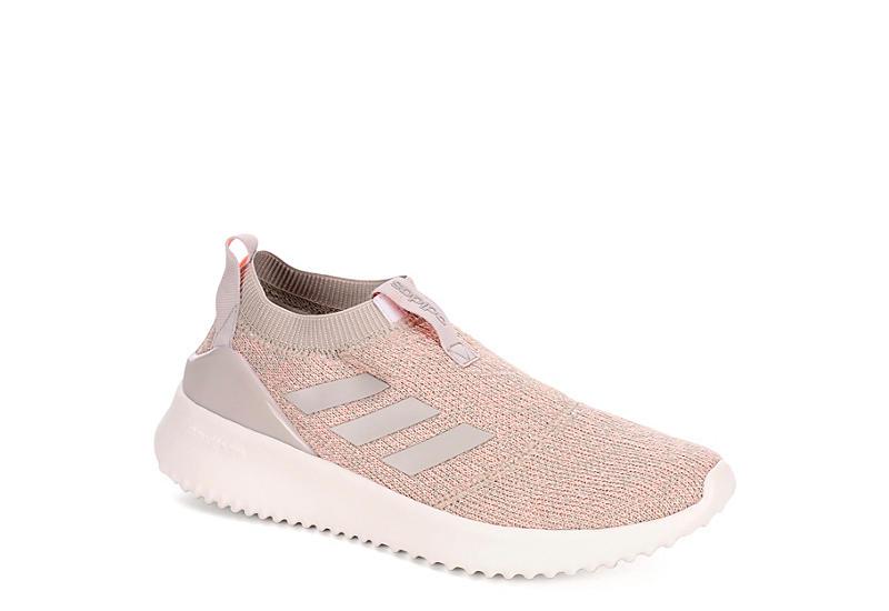 - donne ultimafusion atletico rack stanza scarpe adidas