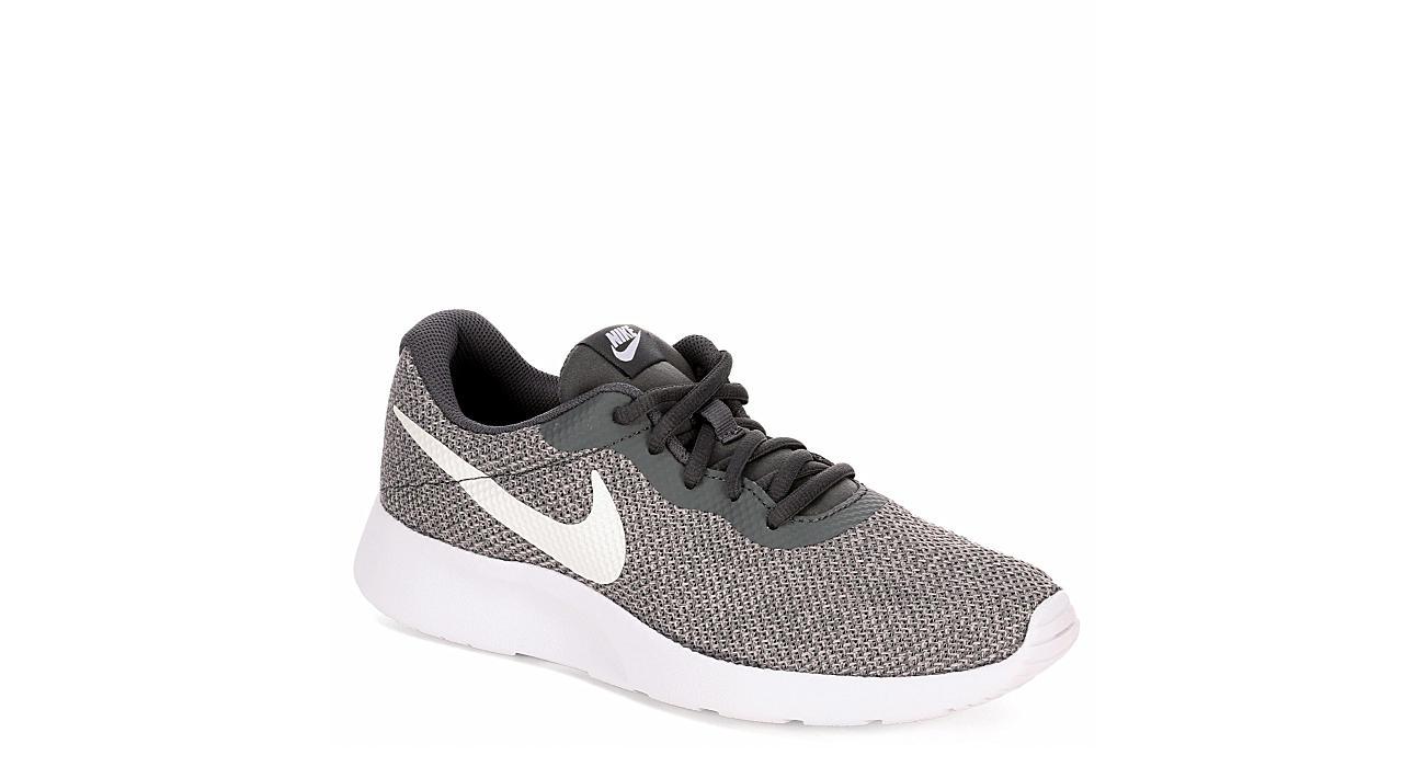 Grey Dark Shoes SeAthletic Rack Nike Womens Tanjun Room nwO8P0k