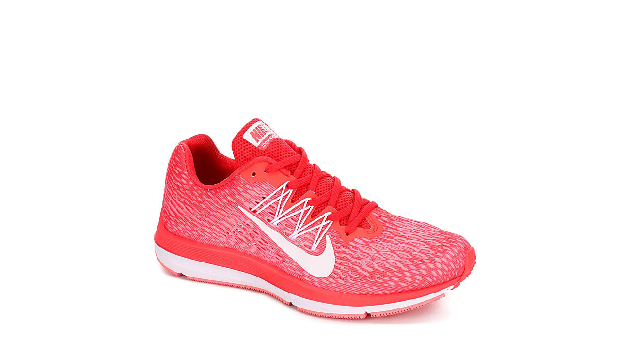 d3a381d2c846 Nike Womens Zoom Winflo 5 - Coral