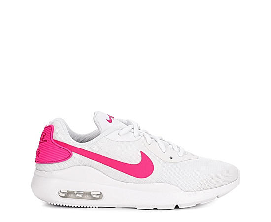 quality design 67e7b 15f17 Womens Air Max Oketo