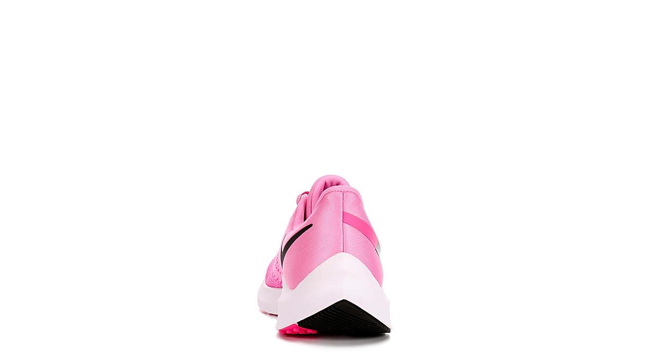 NIKE Womens Zoom Winflow 6 Running Shoe - PINK