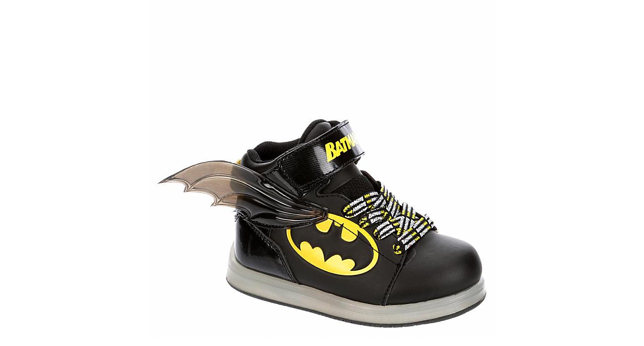 BATMAN Boys Infant Batman Light Up Sneaker - BLACK