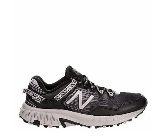 Womens 410 V6 Trail Running Shoe