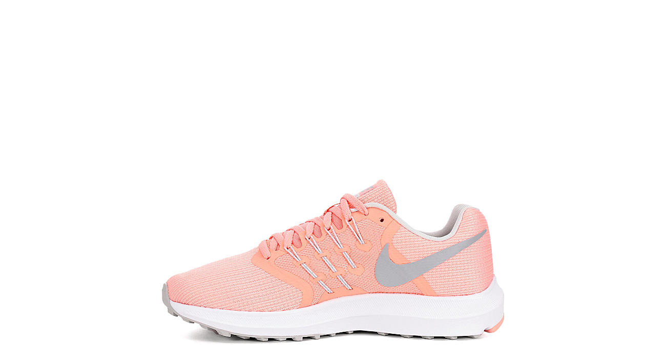 aa7199c8eeeba8 Nike Womens Run Swift - Coral