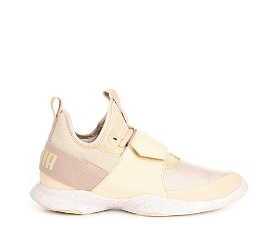 Womens Dare Trainer