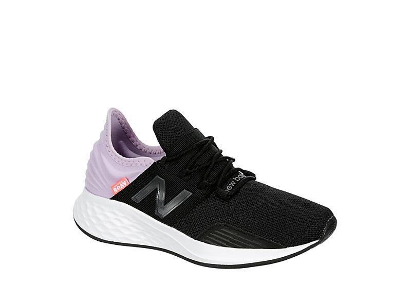 BLACK NEW BALANCE Girls Fresh Foam Roav Sneaker