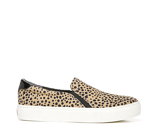Womens Nova Slip-on Sneaker