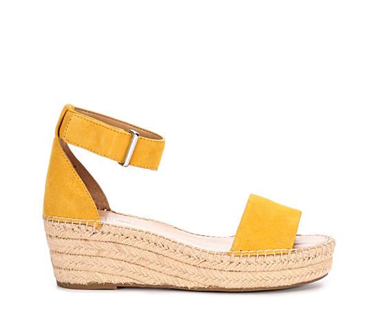 ed9f57e995a1 Women s Sandals