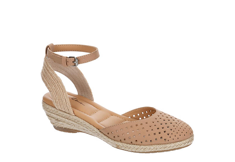 ME TOO Womens Norina - NUDE