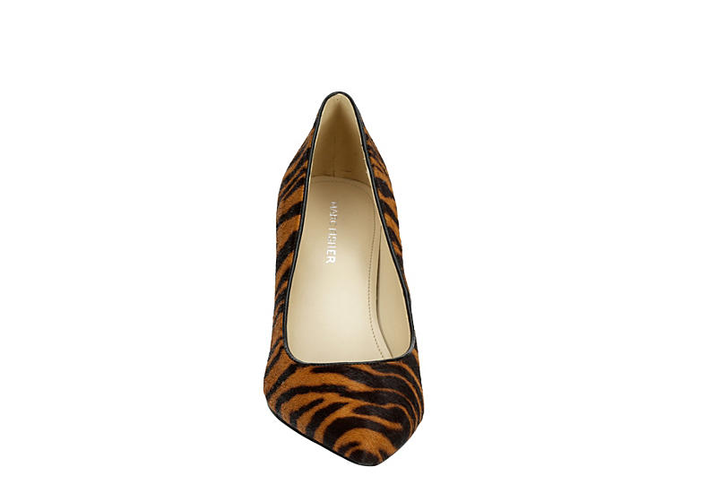 MARC FISHER Womens Claire Pointed Toe Pump - BROWN
