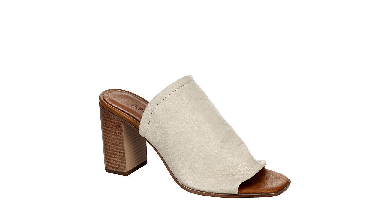 ZIGI ARTISAN Womens Kearney Sandal - OFF WHITE