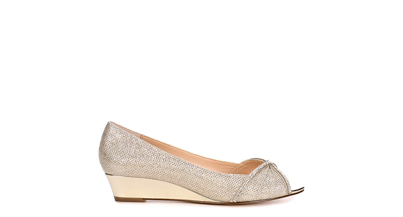 TOUCH OF NINA Womens Romance - GOLD