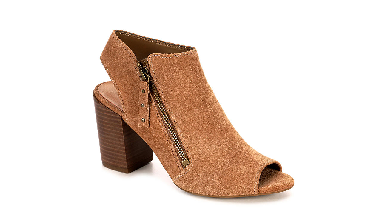 MICHAEL BY MICHAEL SHANNON Womens Journey - TAUPE