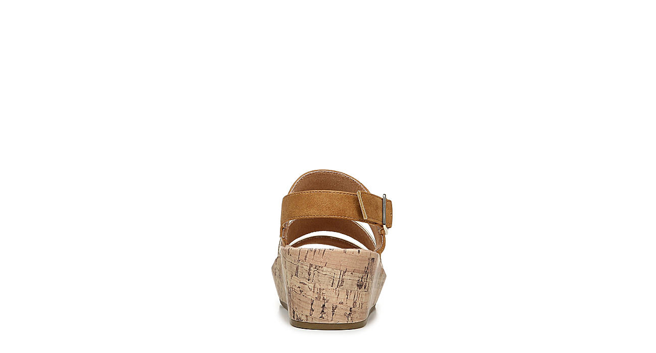 LIFESTRIDE Womens Wynonna Wedge Sandal - GOLD