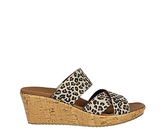 Womens Beverlee Purrfect Wedge Slide Sandal