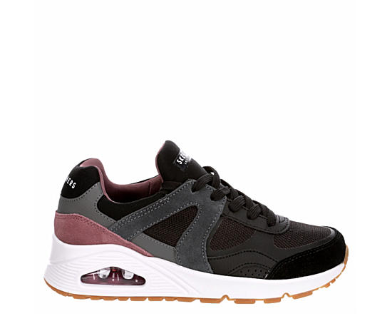 Womens Uno Stand On Air Sneaker