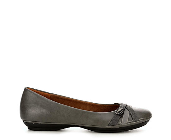 Womens Shaina Wides Available