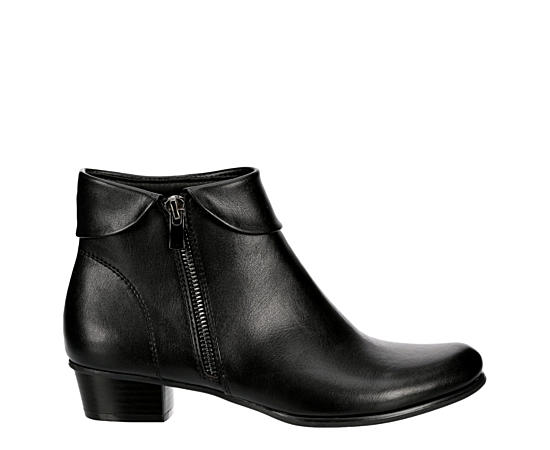 Womens Rue Ankle Bootie