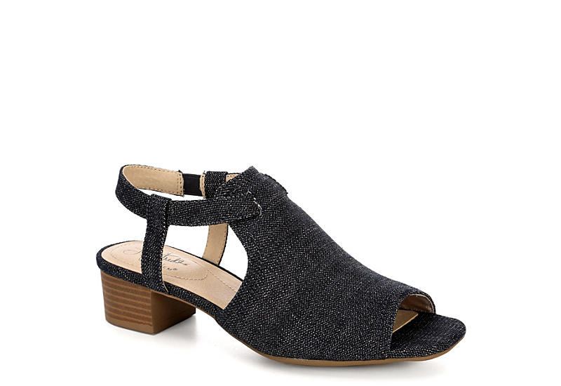 Shoes Womens Mona Heel