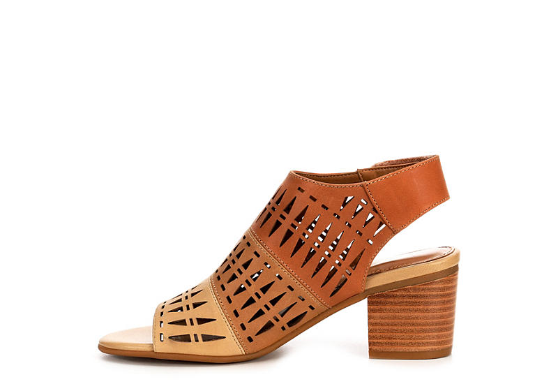 COMFORTIVA Womens Ally Sandal - BROWN