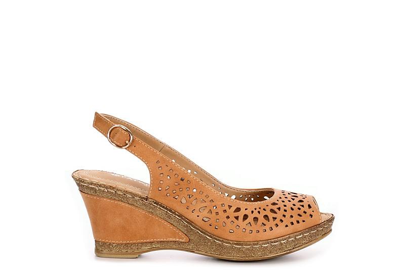 PATRIZIA Womens Shaninoqua Wedge Sandal - CAMEL