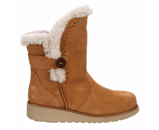 Womens Cozy Peak Fur Boot