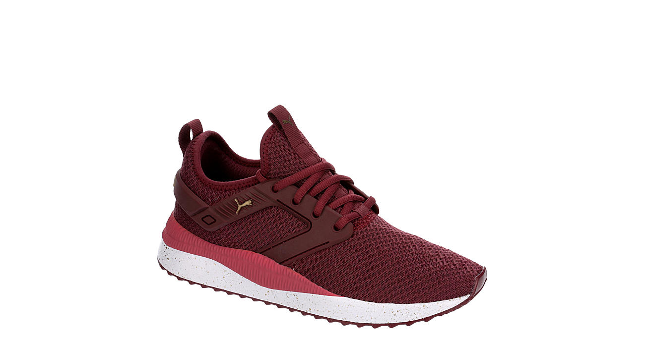 PUMA Womens Pacer Cage Sneaker - BURGUNDY