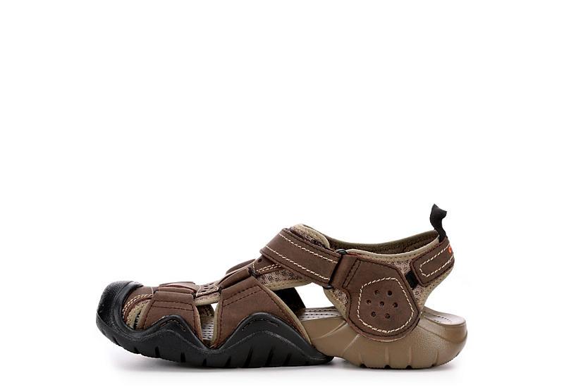 CROCS Mens Swiftwarer Leather Casual Sandal - ESPRESSO