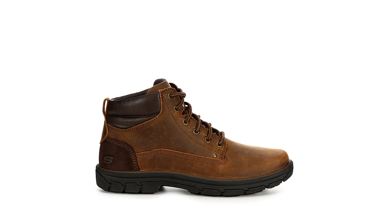 Skechers Mens Segment Garnet Leather Casual Chukka Boots