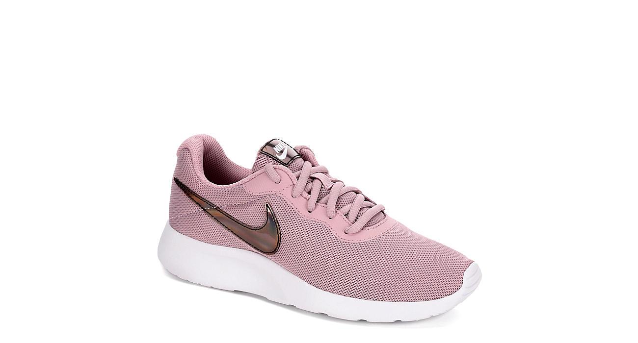 NIKE Womens Tanjun Sneaker - PINK