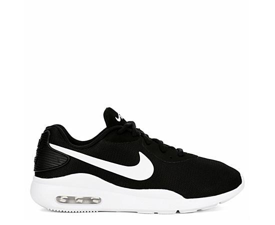 Womens Air Max Oketo Sneaker