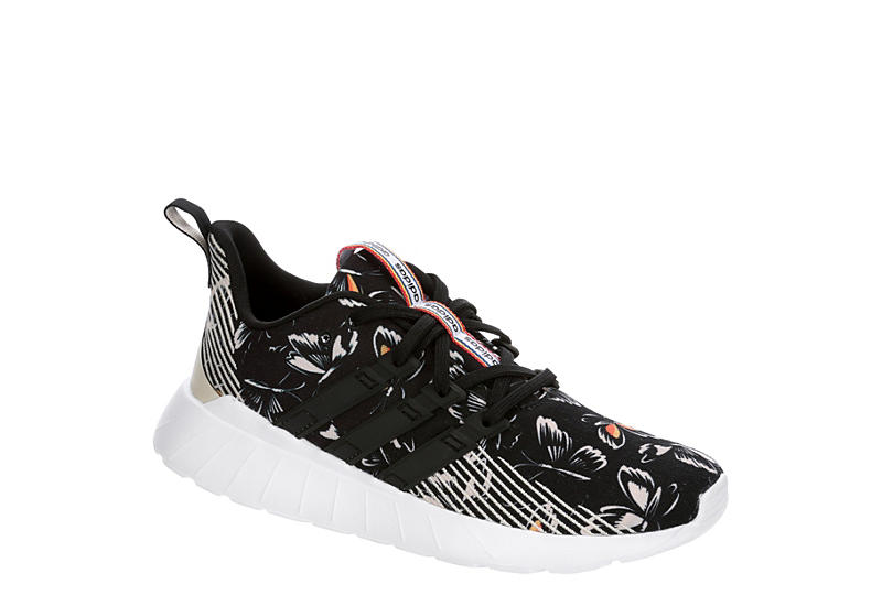ADIDAS Womens Questar Flow Sneaker - BLACK