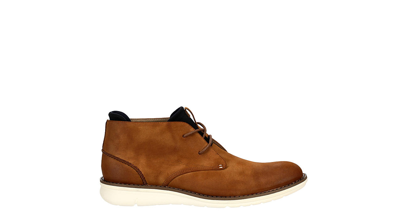 KENNETH COLE Mens Domino Chukka Boot - TAN
