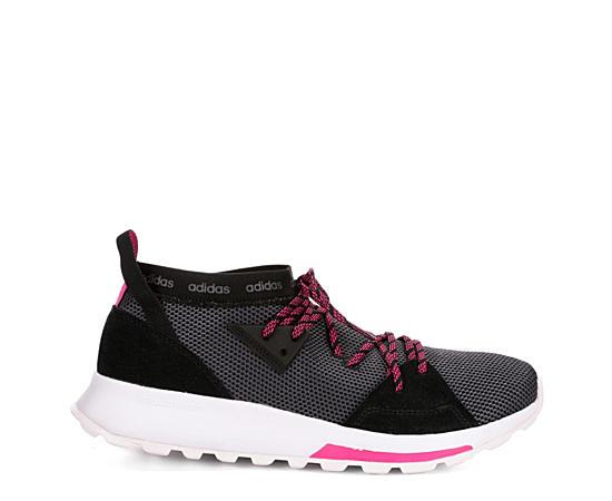 Womens Quesa Sneaker