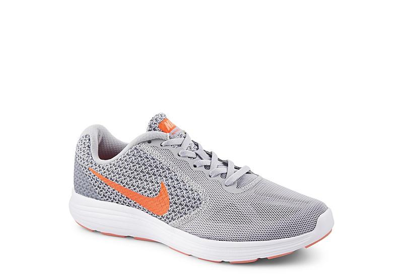 Nike Womens Revolution 3 Running Shoe