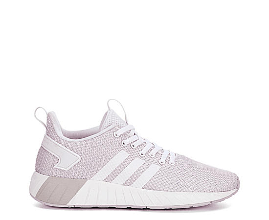 Womens Questar Beyond Sneaker