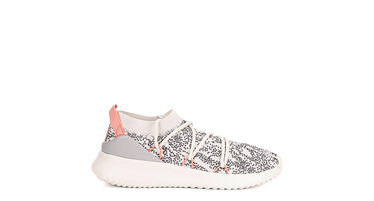 ADIDAS Womens Ultimamotion Sneaker - WHITE