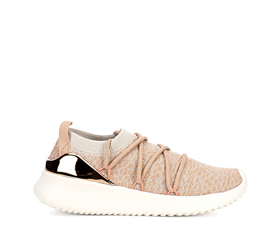 Womens Ultimamotion Sneaker