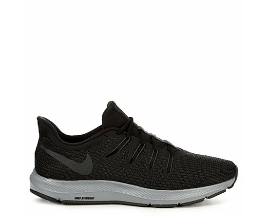 Mens Run Quest Running Shoe