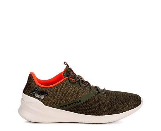 Mens District Run Running Shoe