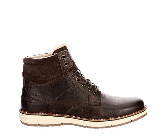 Men's Winter & Snow Boots | Off Broadway Shoes