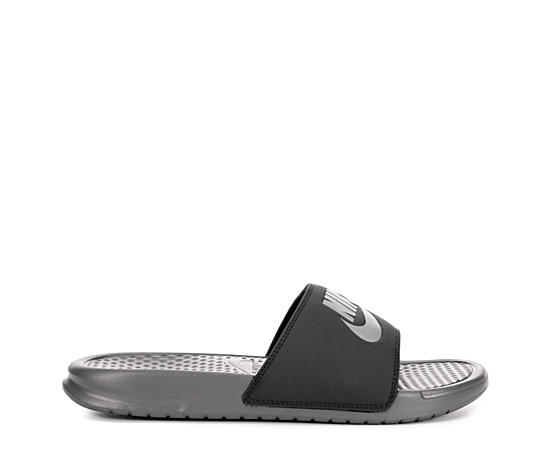 newest ea4b5 94e75 Off Broadway Shoes: Online Shoes, Sneakers, Sandals & Boots