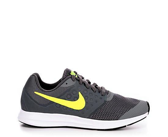 Boys Grade School Downshifter 7 Running Shoe