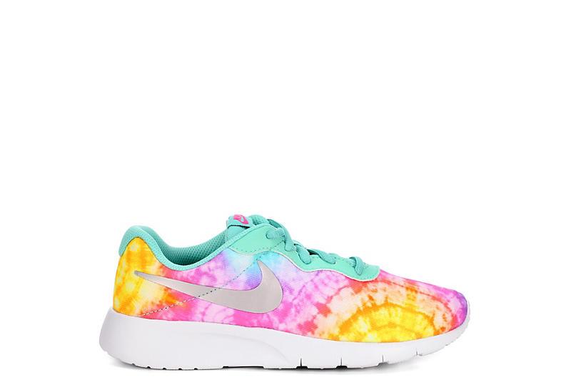 NIKE Girls Tanjun Sneaker - MULTICOLOR
