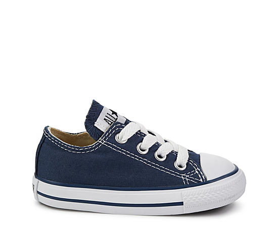 Boys Infant Chuck Taylor All Star Low Sneaker