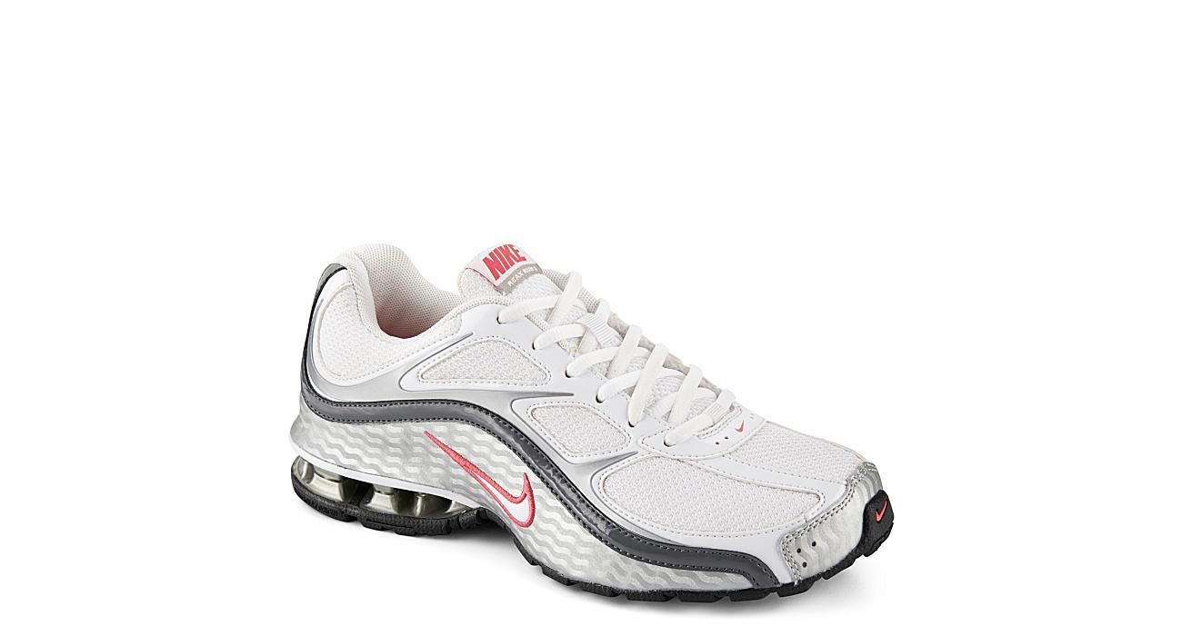 White Nike Reax Run 5 Women s Running Shoe  2202e1e1e