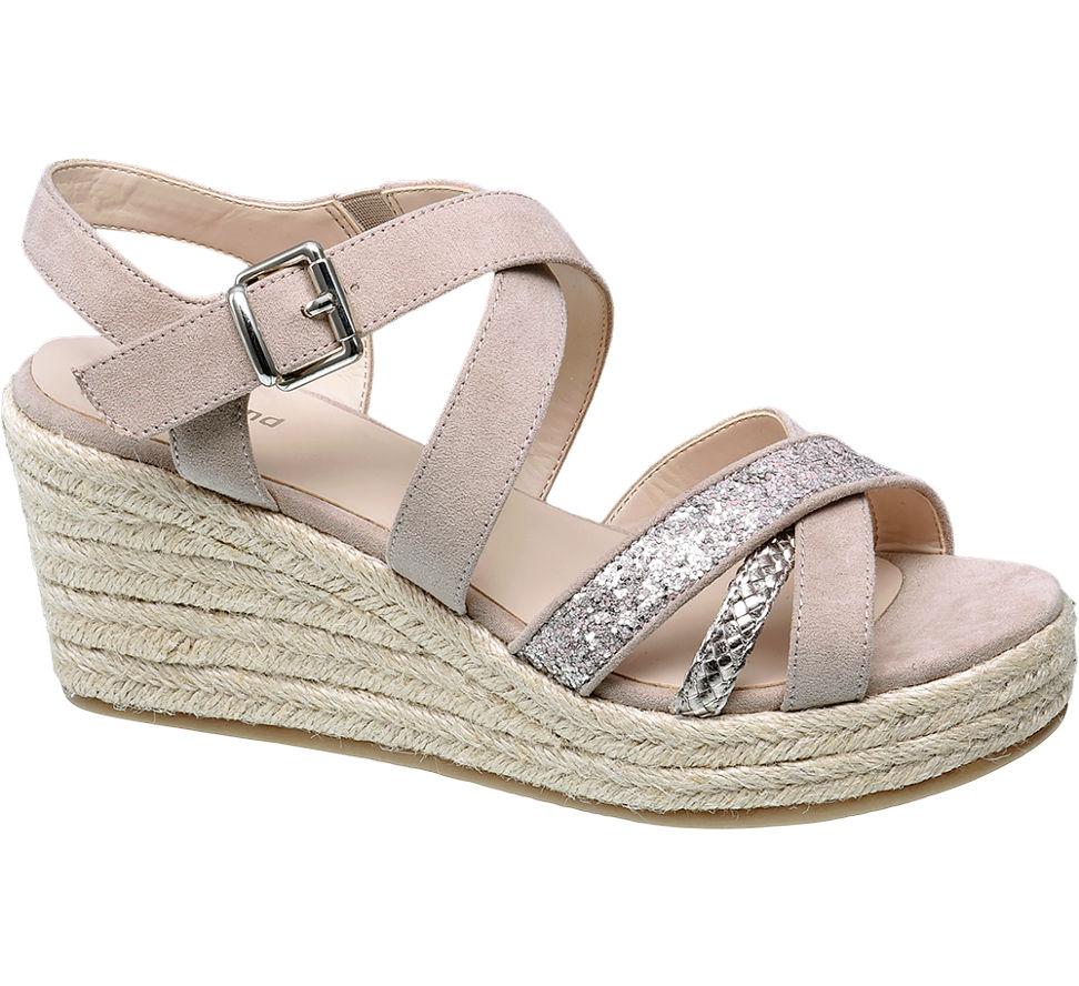 Chaussures De Graceland Beige Coincent Avec Boucle Pour Femmes DmNcA2Pb