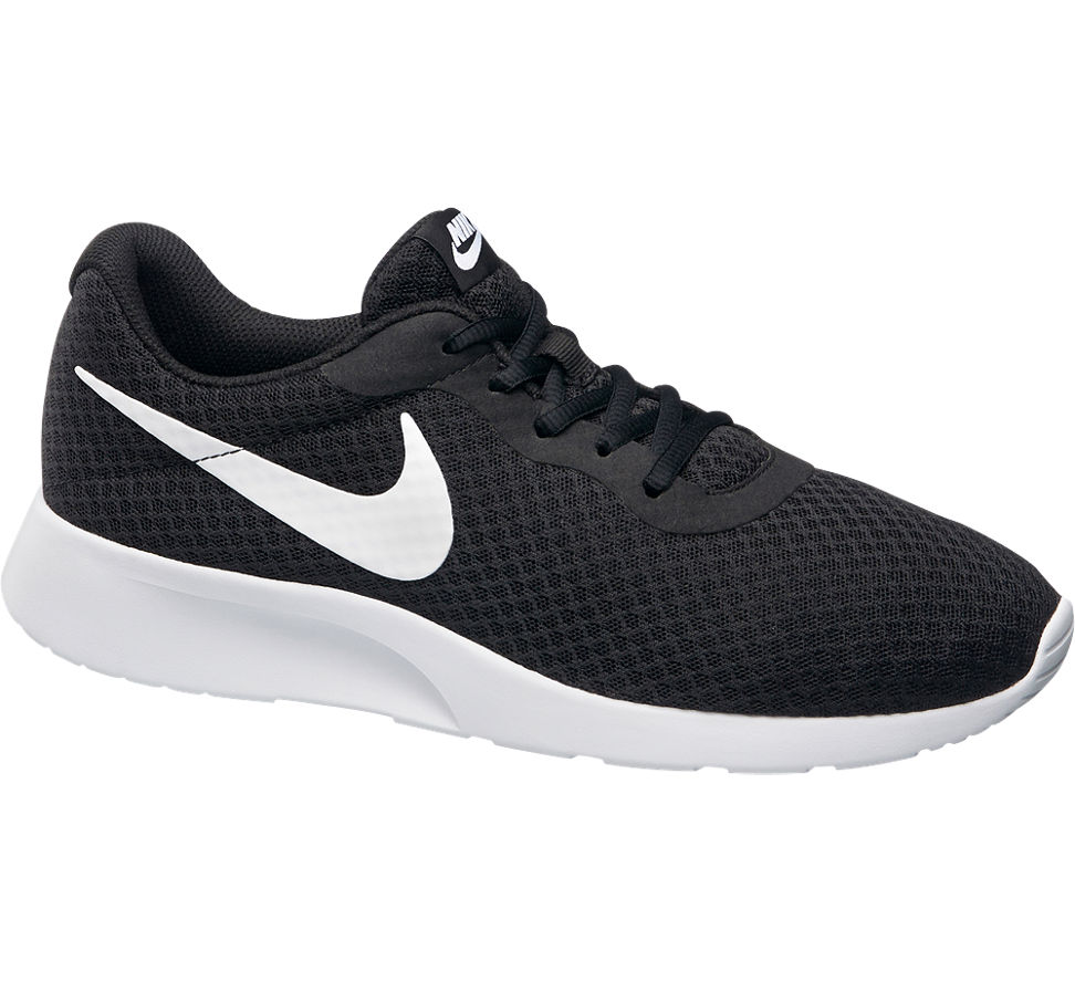 nike tanjun men 39 s black trainers deichmann. Black Bedroom Furniture Sets. Home Design Ideas